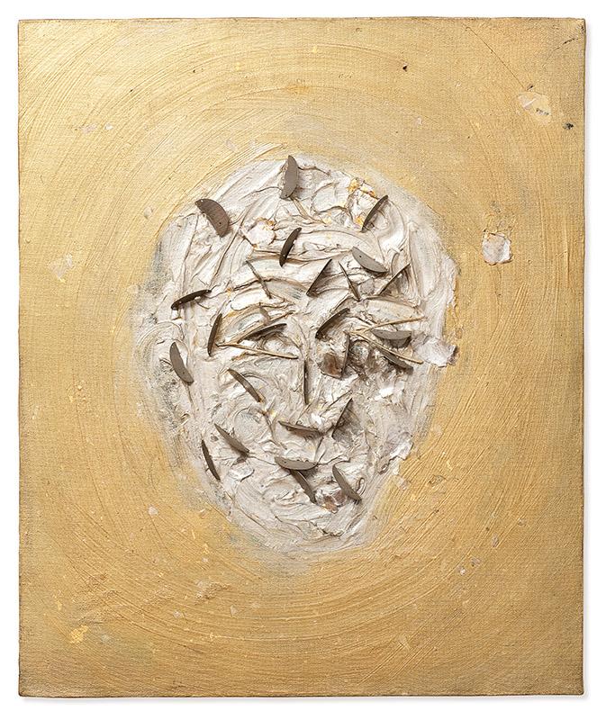 Sem título, s/d acrílica, metal, plástico, osso, folha de ouro e prego sobre tela 60 × 50 cm