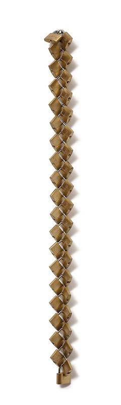 Cadenas (Zipper), c. 1998 aço 74 × 6 × 4 cm